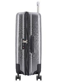 Hardware - Luggage set - metallic grey - 3