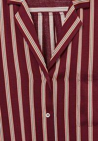 Violeta by Mango - RALLON - Button-down blouse - maroon - 5