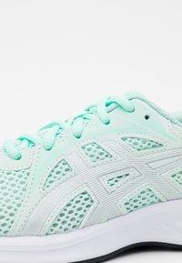 ASICS - JOLT 2 - Zapatillas de running neutras - bio mint/pure silver - 5