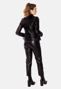 LEATHER HYPE - ÉLYSÉE PERFECTO - Leather jacket - black - 7