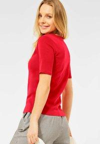 Cecil - Basic T-shirt - rot - 2