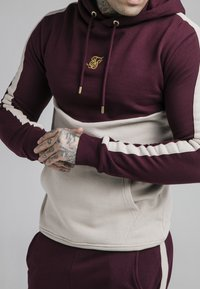 SIKSILK - CUT AND SEW OVERHEAD HOODIE - Hoodie - wine/cream - 4