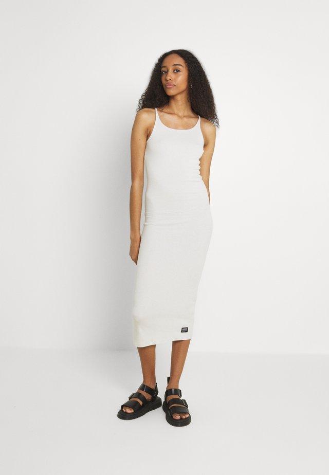 LOREEN DRESS - Robe pull - shell