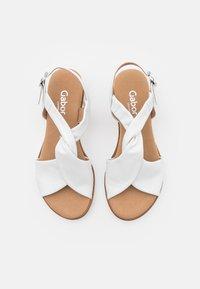 Gabor Comfort - Wedge sandals - weiß - 5