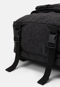 Levi's® - TRAVEL BAG - Sports bag - regular black - 6