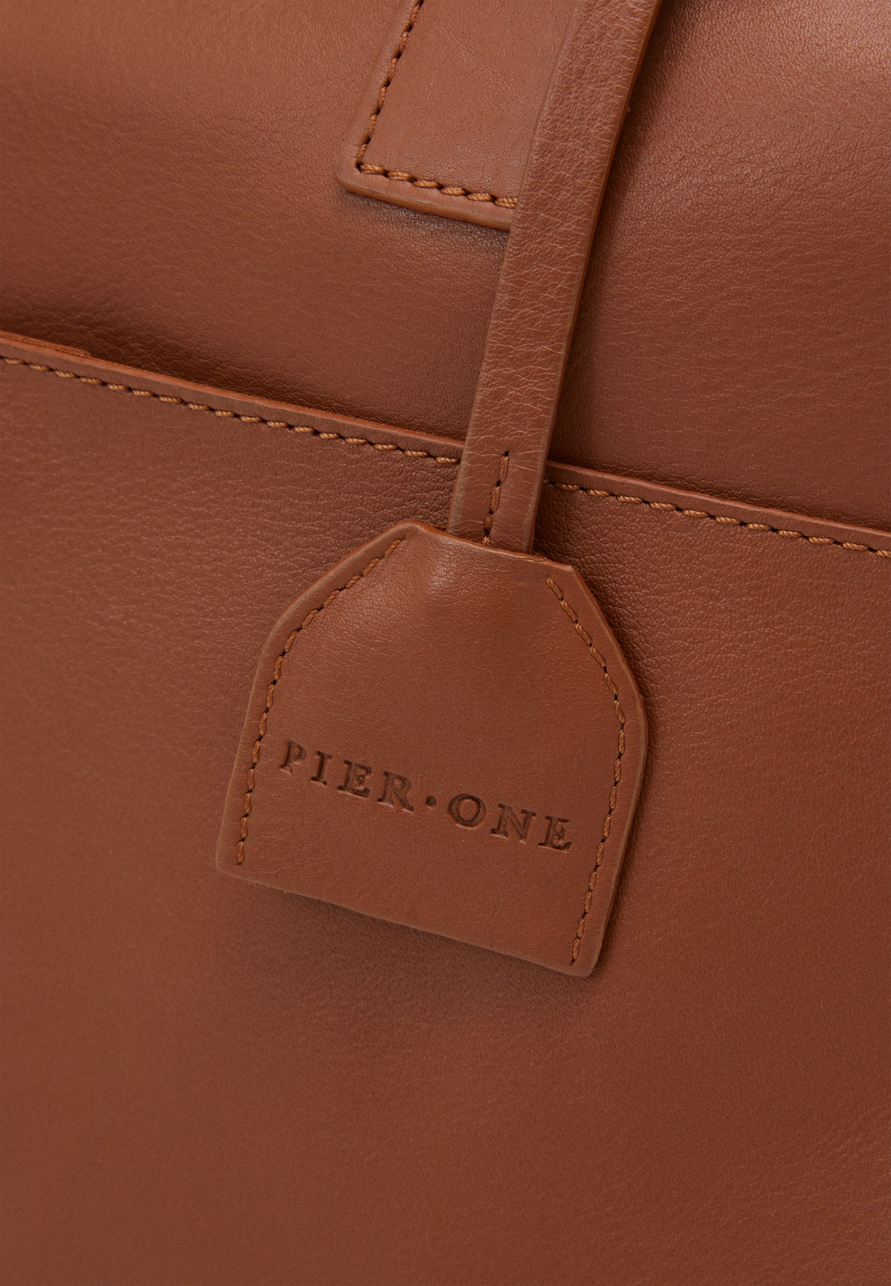 Pier One LEATHER - Stresskoffert - cognac/konjakk bFCSiHv7qjJSICj