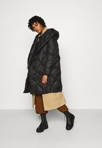 YAS - YASROMANA JACKET - Down coat - black - 1