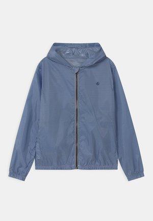 MAISE STRIPE HOODED - Waterproof jacket - surf/marshmallow