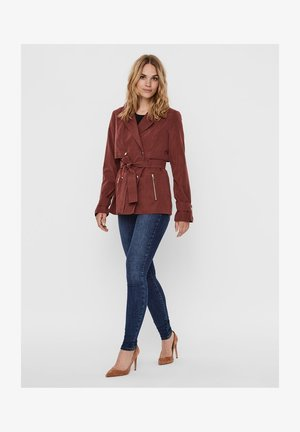 JACKE SHORT DOUBLE-BREASTED - Summer jacket - Sable