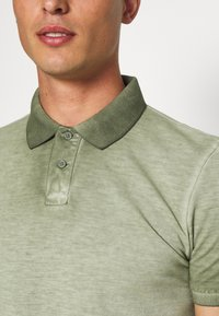 Q/S designed by - Polo shirt - seagrass - 5