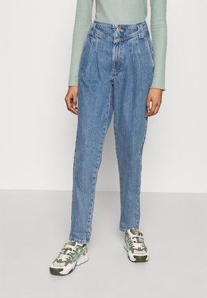 SEAMED MOM - Jeansy Relaxed Fit - mid blue