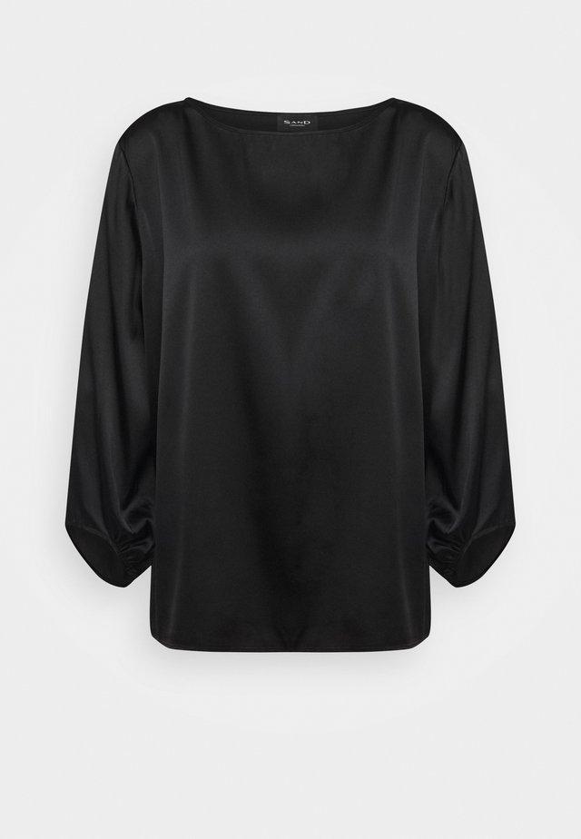 NOVA - Bluser - black