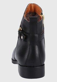 Pikolinos - Boots à talons - black - 4