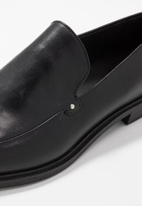 Vagabond - FRANCES - Loafers - black - 3