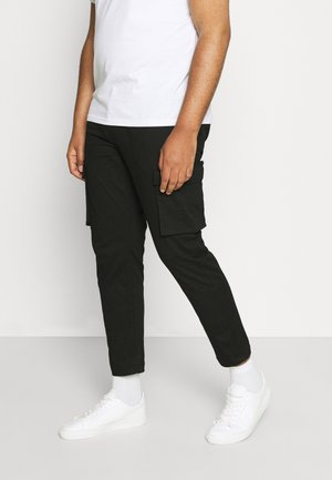 CALLEN TAPERED CARGO PANT - Trousers - black