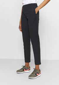 Under Armour - LINKS PANT - Trousers - black - 3