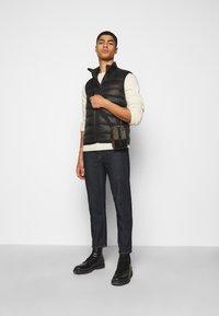 HUGO - BALTINO - Waistcoat - black - 1