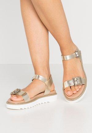 ONLMALU CHUNKY  - Platform sandals - gold