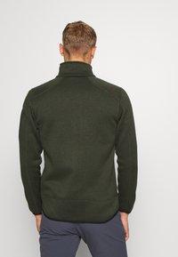 CMP - MAN JACKET - Fleecová bunda - oil green/burgundy - 2