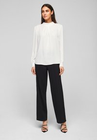 s.Oliver BLACK LABEL - MIT CHIFFON-BLENDE - Long sleeved top - cream - 1