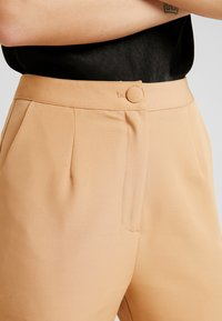 Missguided - TAILORED TROUSER  - Bukse - camel - 5