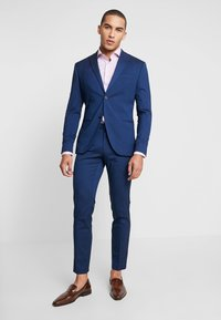 Isaac Dewhirst - FASHION SUIT - Jakkesæt - blue - 1