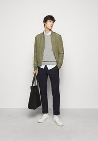 J.LINDEBERG - ANDY STRUCTURE C-NECK - Jumper - stone grey melange - 1