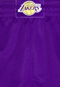 Nike Performance - NBA LA LAKERS SWINGMAN SHORT - Club wear - field purple/white - 2