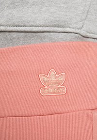 adidas Originals - TIGHT SPORTS INSPIRED HIGH RISE - Leggings - Trousers - light pink - 5