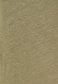 Filippa K - HAZEL TEE - Jednoduché triko - sage green - 5
