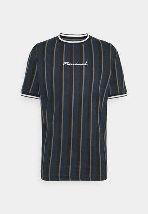 FINLEY - T-shirt z nadrukiem - navy