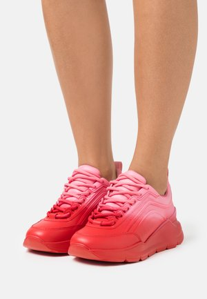 SCARPA DONNA WOMANS SHOES - Baskets basses - red/pink
