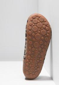 Bisgaard - HOME SHOE - Pantoffels - brown - 5