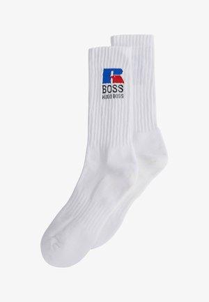 QS RUSSELL CC_RA - Socks - white