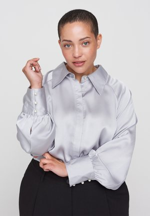 MIT BALLONÄRMELN - Button-down blouse - light grey