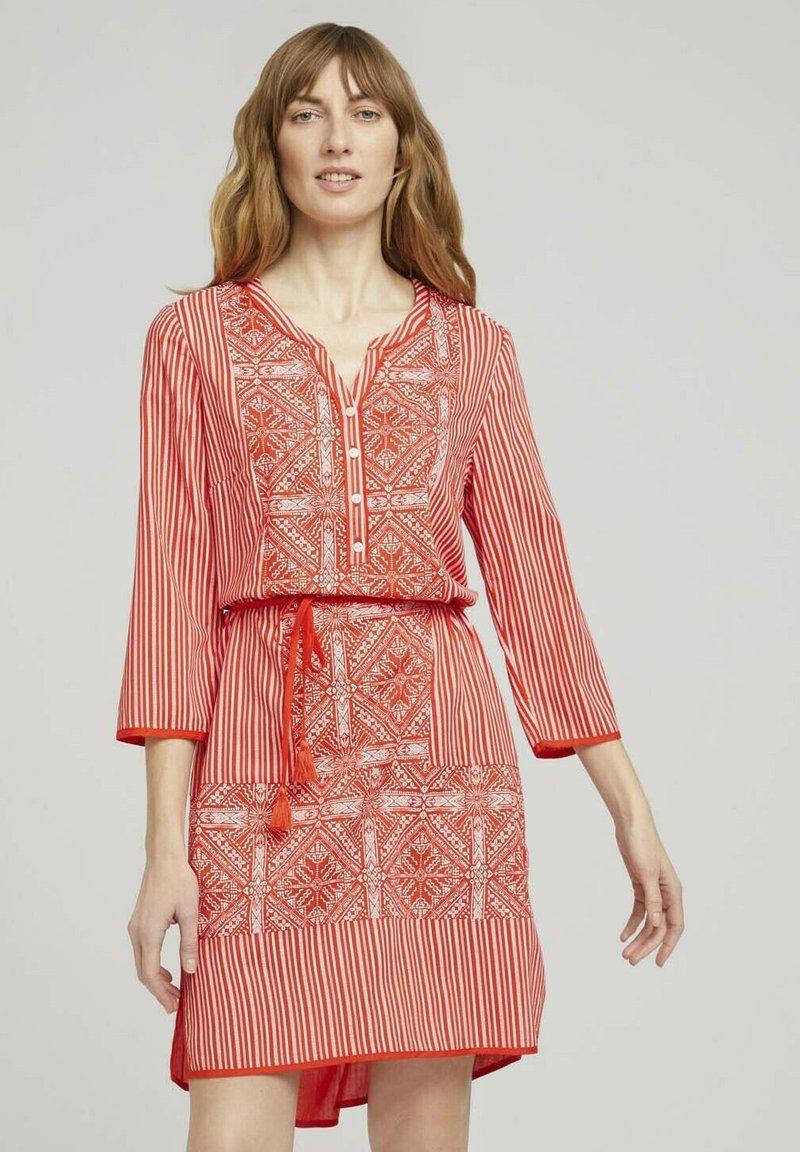 TOM TAILOR - Day dress - red white ethno design