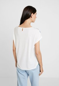 TOM TAILOR - FABRIC MIX - Blůza - offwhite - 2