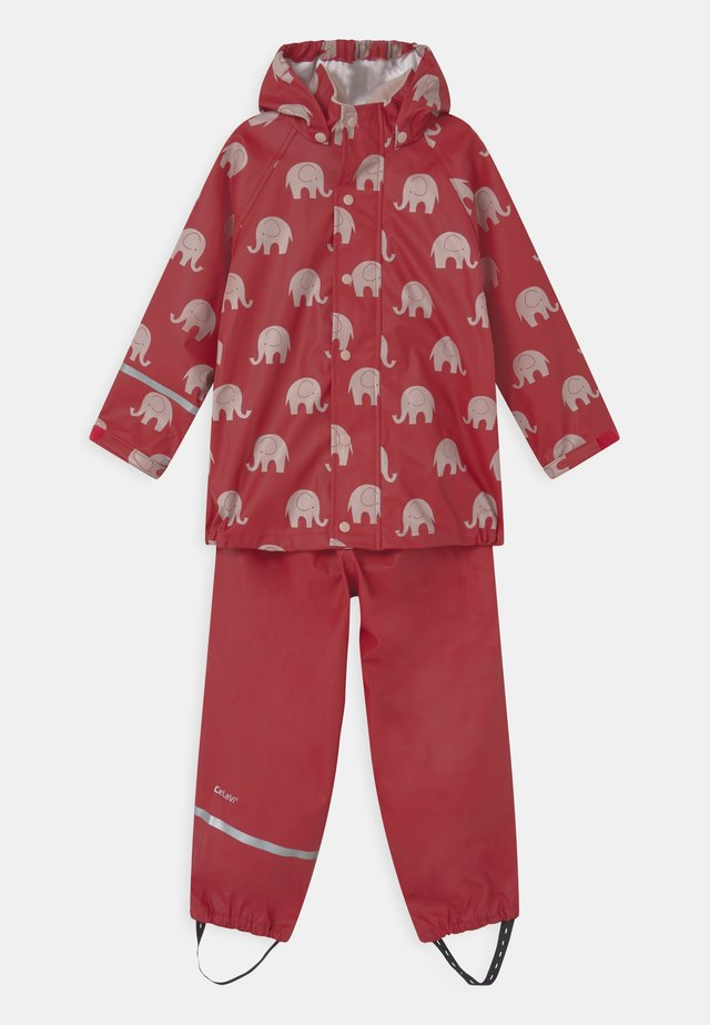 RAINWEAR ELEPHANT SET UNISEX - Regenbroek - rio red