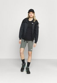 The North Face - FLEX SHORT  - Leggings - agave green - 1