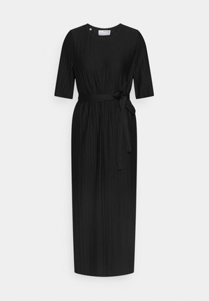 SLFTERLE 2/4 MIDI DRESS - Denní šaty - black