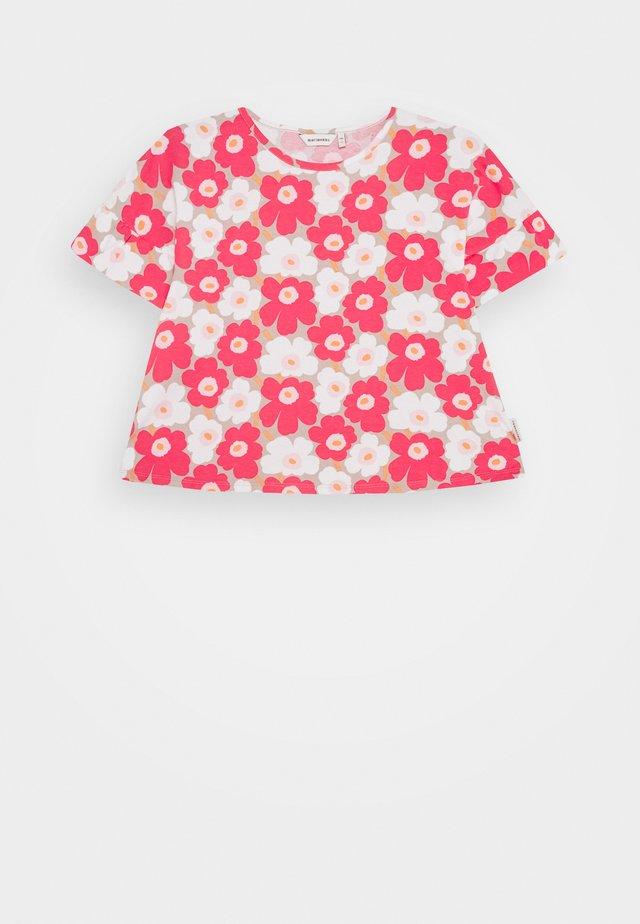 TELTTA UNIKKO - Vestito di maglina - beige/pink/white