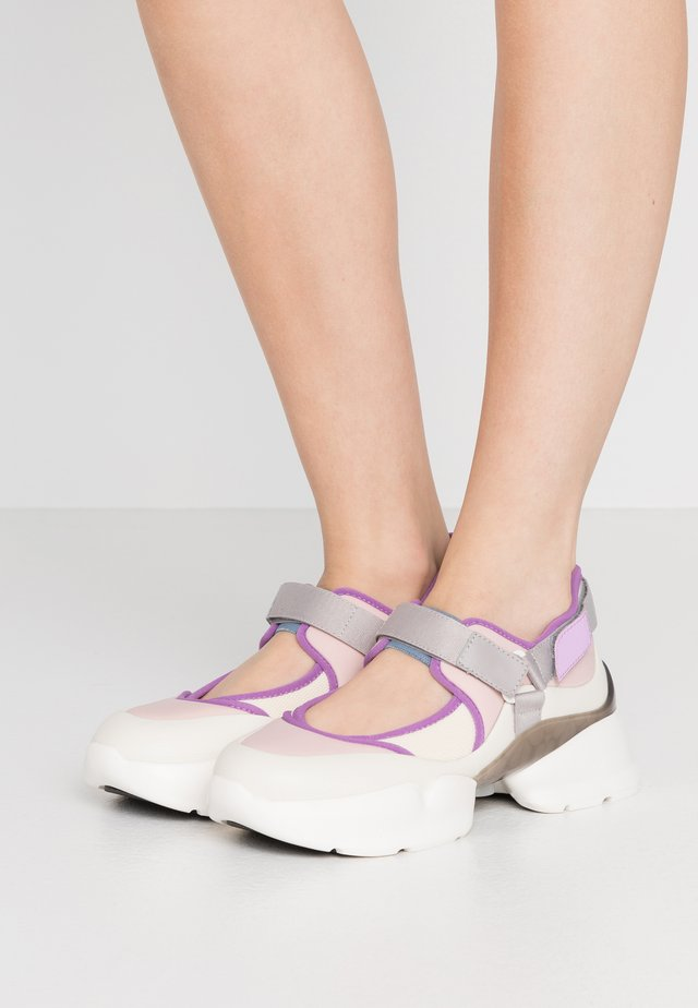 MARY JANE RUNWAY - Sneakersy niskie - tutu pink/iris bloom/pink/lilac