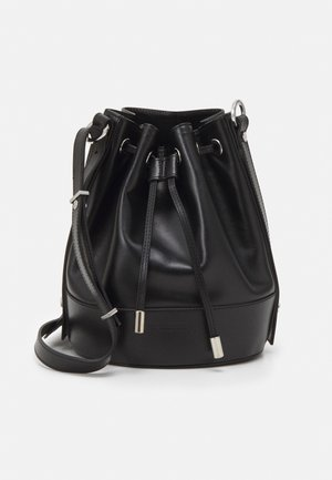 TINA KUNAKEY MEDIUM BUCKET - Handtas - black