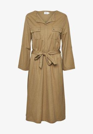 Day dress - pecan brown