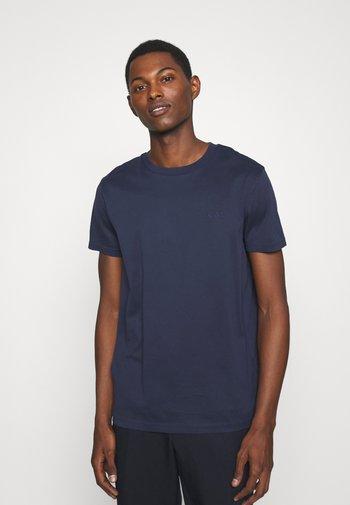 PARIS - Jednoduché triko - dark blue