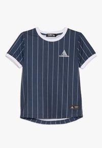 Modern Native - SUB TEE WITH SCREEN PRINT - Print T-shirt - blue - 0