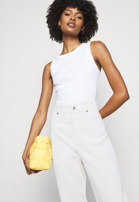 Sportmax - LACCA - Flared Jeans - weiss - 3