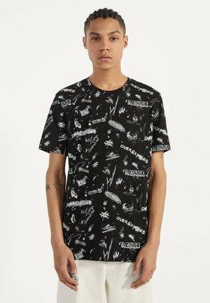 MIT RUNDAUSSCHNITT  - T-shirt print - black