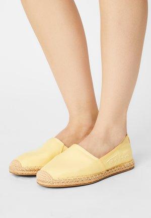 SIGNATURE  - Espadrilles - delicate yellow