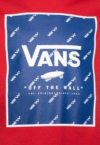 Vans - PRINT BOX BOYS - T-shirt z nadrukiem - racing red/sodalite blue - 2